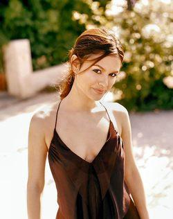 Rachel Bilson, protagonista di Ghost Angeles