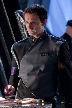 """Callum Blue è il Maggiore Zod nell'episodio di Smallville """"Kandor"""""""