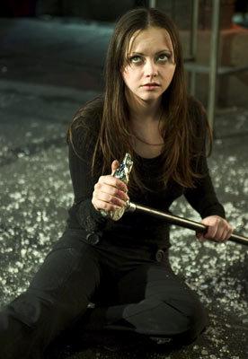 Christina Ricci in una scena di <i>Cursed</i>