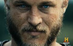 Travis Fimmel dai Vichingi al film di Warcraft