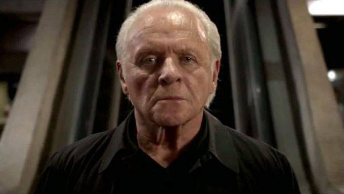 Anthony Hopkins in Premonitions