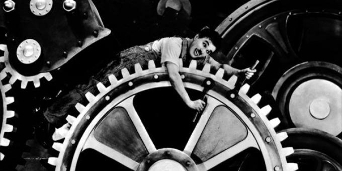 Charlie Chaplin in Tempi Moderni