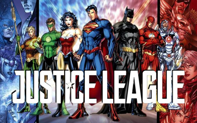 La Justice League illustrata da Jim Lee e il logo ufficiale del film