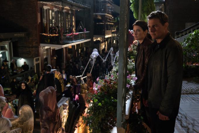 Cobie Smulders e Tom Cruise in Jack Reacher - Punto di non ritorno