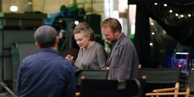 Carrie Fisher e Rian Johnson sul set di Gli Ultimi Jedi