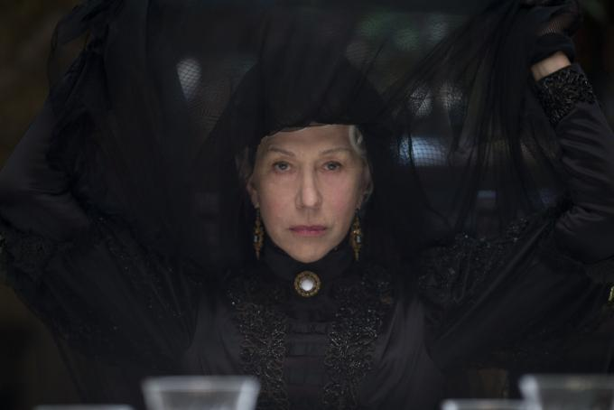 Helen Mirren in La vedova Winchester