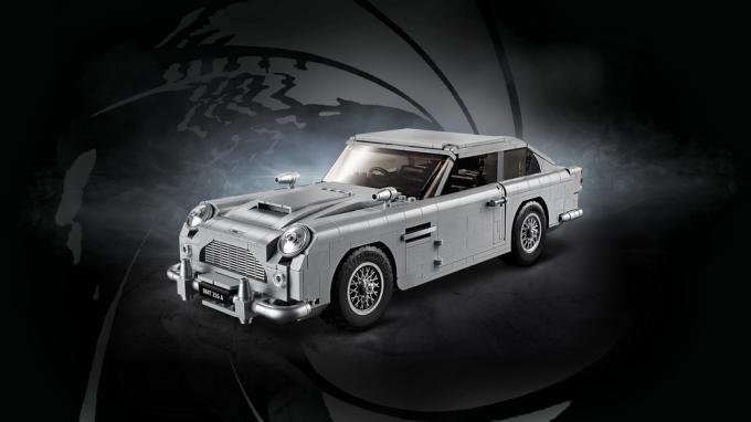 L'Aston Martin di James Bond in mattoncini LEGO