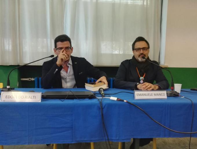 Edoardo Rialti ed Emanuele Manco affrontano il tema della traduzione del Trono di Spade a Stranimondi 2018.