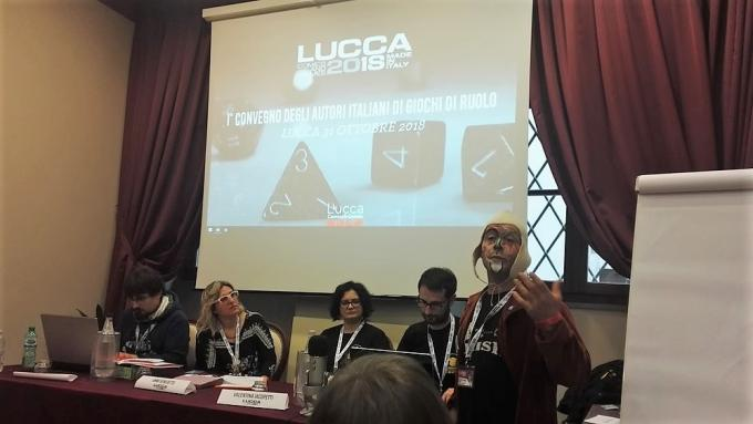 Vania Castelfranchi al convegno degli autori di giochi di ruolo a Lucca Comics & Games.