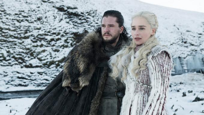 Kit Harington è Jon Snow and Emilia Clarke è Daenerys Targaryen – Foto: Helen Sloan