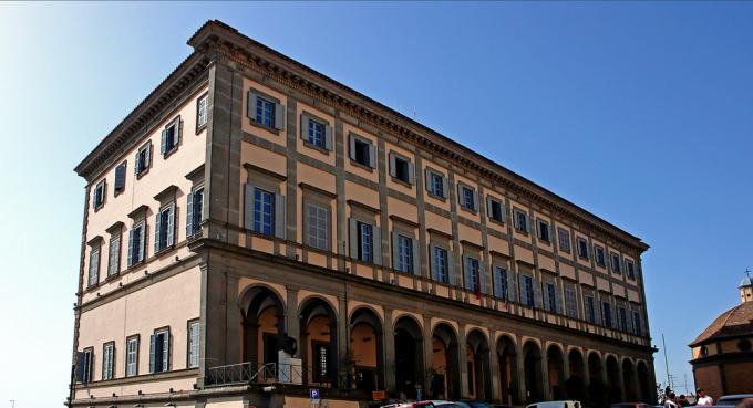 Il Palazzo Comunale di Velletri