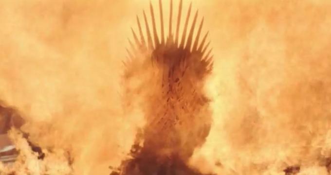Il trono di spade in fiamme