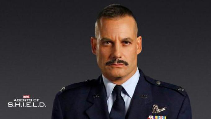 Adrian Pasdar/Glenn Talbot in Agents of S.H.I.E.L.D.