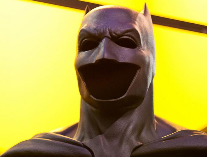Il Batsuit che vedremo indossato da Ben Affleck esposto alla Comic-Con di San Diego (fotografia di Caitlin Holland)