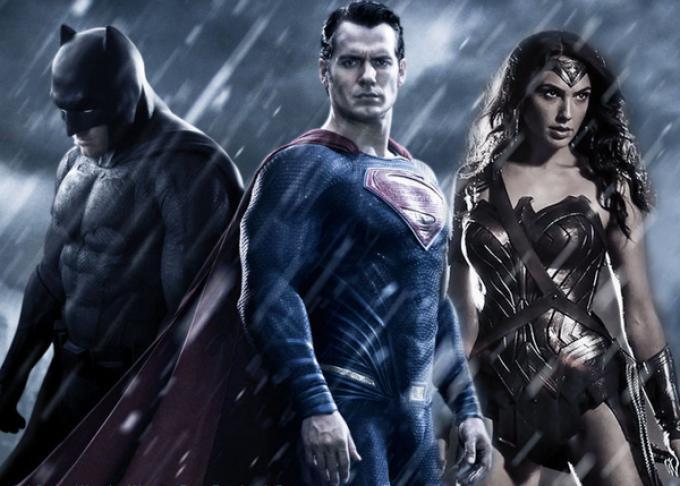 Un fan-made poster di Batman v Superman: Dawn of Justice, realizzato con le immagini ufficiali del film da renstar71 (renstar71.deviantart.com)