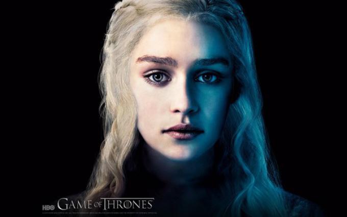 Emilia Clarke. Una delle protagoniste di Game of Thrones.