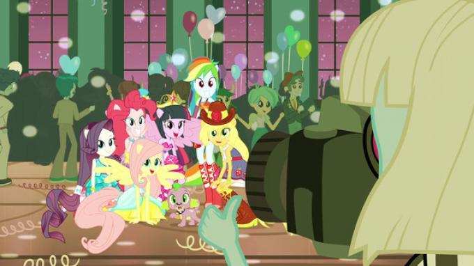 Un'immagine da Equestria Girls