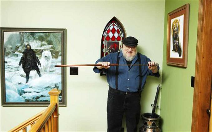 George R.R. Martin nella sua abitazione. Foto di Nancy Newberry