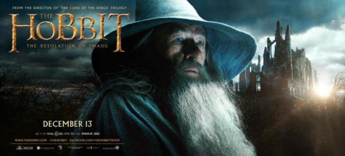 Ian McKellen è Gandalf in Lo Hobbit: La desolazione di Smaug.