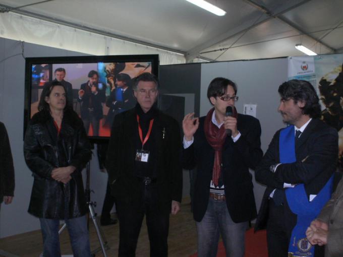 Phil Hale, Rober Gould, Emanuele Vietina e il presidente della Provincia di Lucca Stefano Baccelli inaugurano l'edizione 2009 di Lucca Games