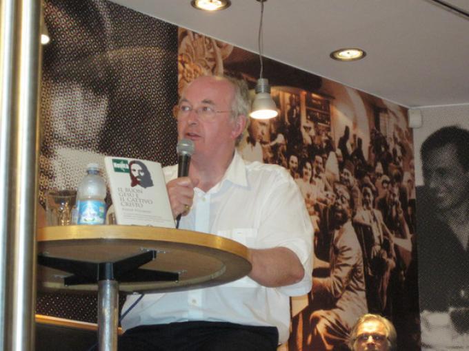 Philip Pullman alla presentazione a Milano