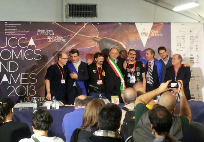 Il team creativo dietro a Lucca Games con le autorità lucchesi