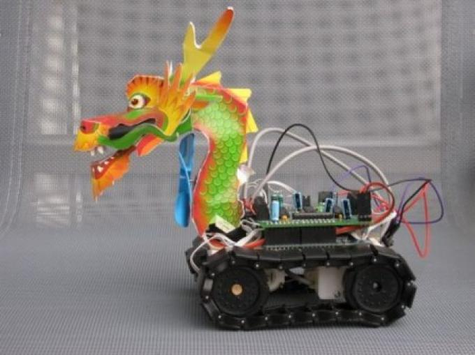 Robot dragon (http://www.coated.com/puff-dragon-fire-fighting-robot/)