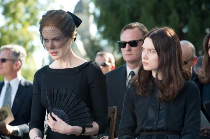 Nicole Kidman e Mia Wasikowska in Stoker