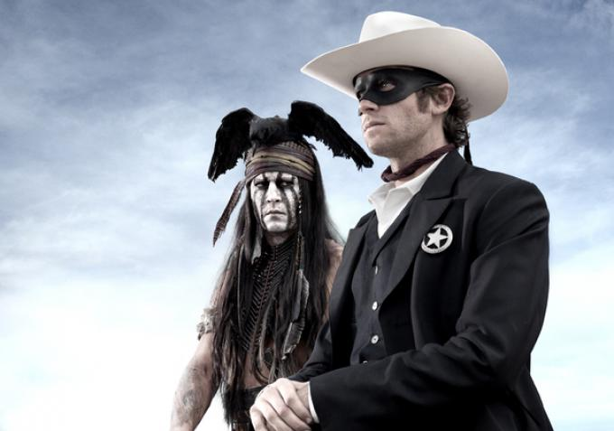 Johnny Depp e Armie Hammer nei panni di Tonto e John Reid