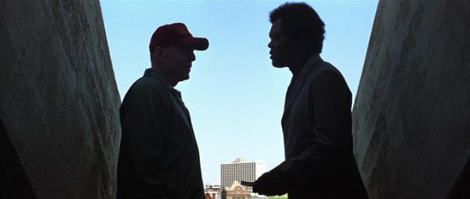 Bruce Willis e Samuel L. Jackson in Unbreakable
