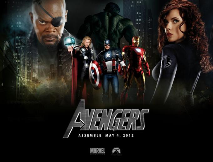 I vendicatori del film. Perché nel fumetto, Nick Fury era diverso... Aveva i capelli.