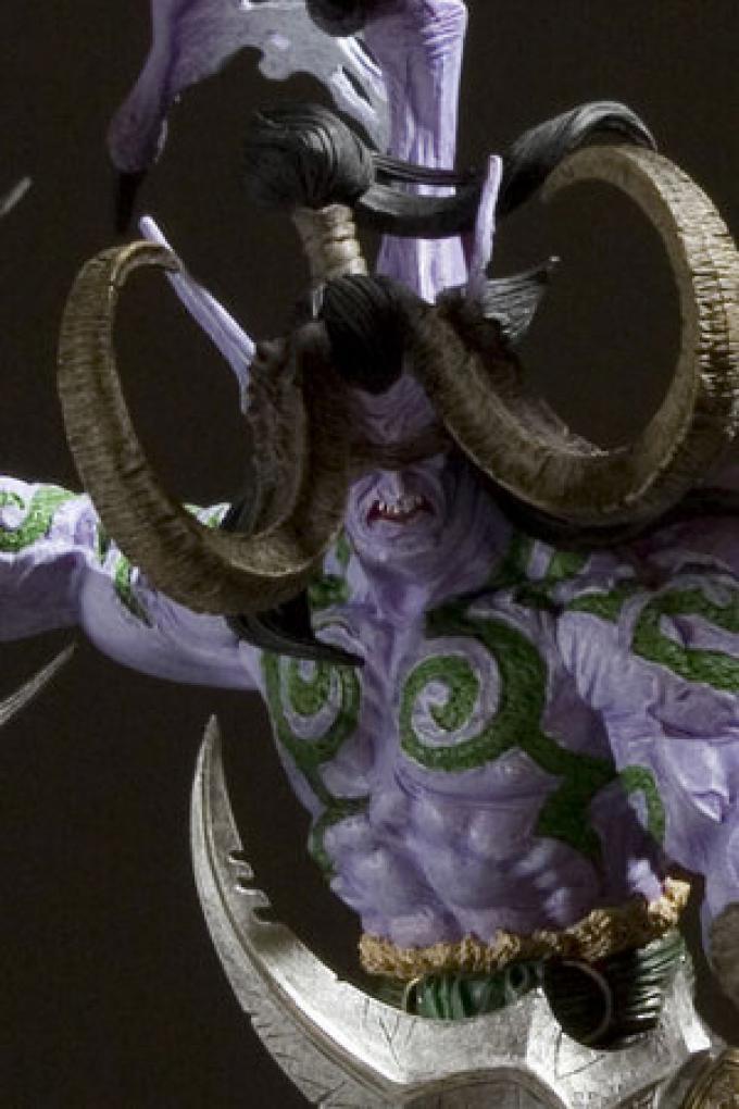 Illidan Stormrage, Elfo della Notte, mezzo demone, signore delle Terre Esterne