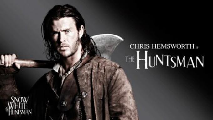 Chris Hemsworth, il Cacciatore in Biancaneve e il cacciatore