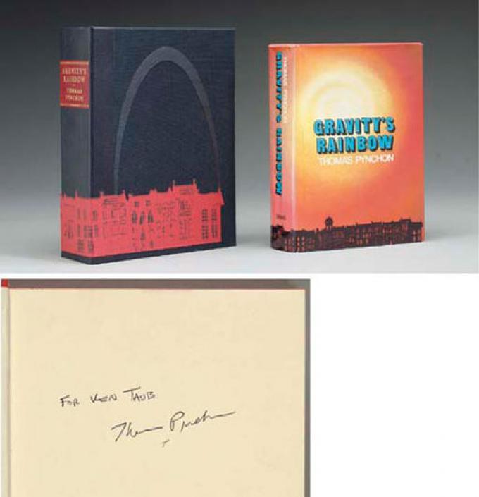 L'arcobaleno della gravità di Thomas Pynchon; la prima edizione, 1973, con dedica e autografo, vale 18.000 $.