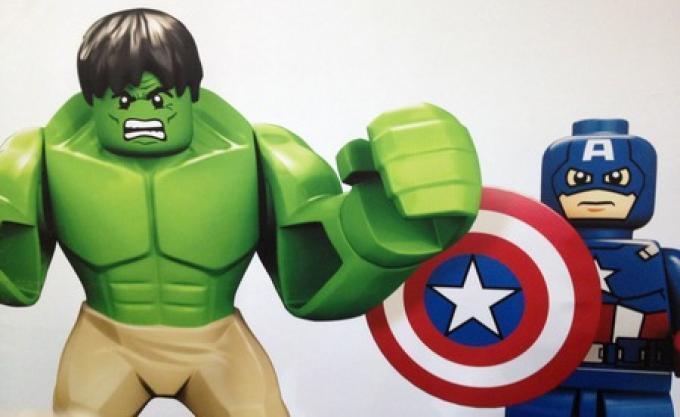 Hulk e Capitan America in LEGO Avengers