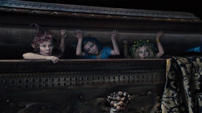 Juno Temple, Lesley Manville e Imelda Staunton
