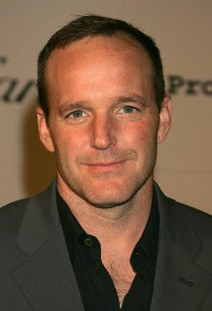 Clark Gregg è Phil Coulson in SHIELD