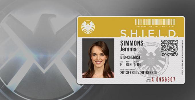 Elizabeth Henstridge è l'agente Jemma Simmons in SHIELD