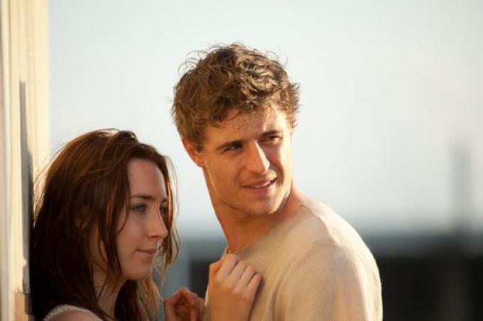 Saoirse Ronan e Max Irons