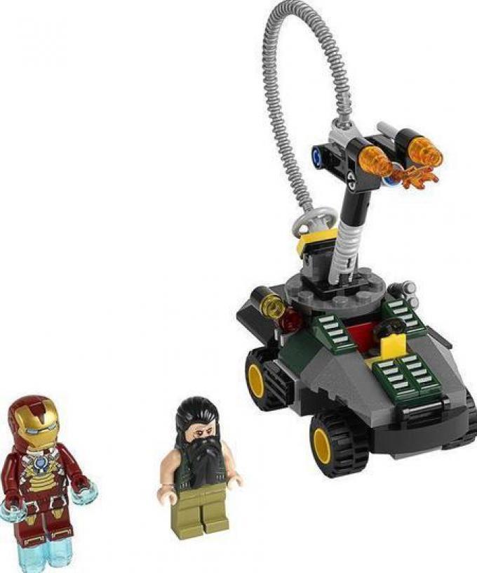 LEGO Iron Man 3: Iron Man e il Mandarino.