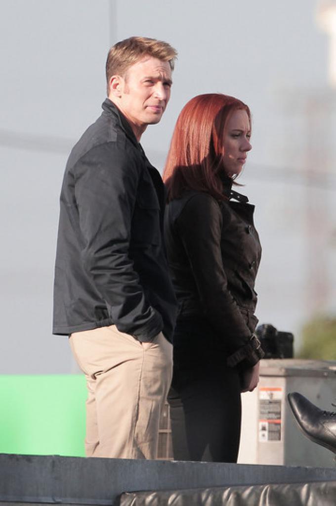 Chris Evans e Scarlett Johansson