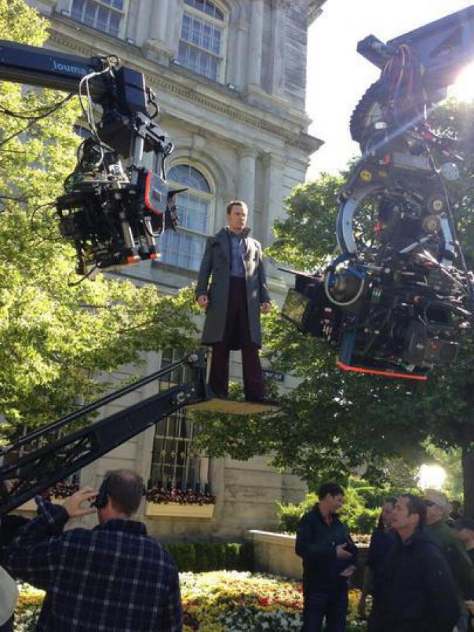 Michael Fessbender sospeso... durante le riprese.