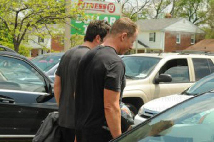 Ben Affleck (Bruce Wayne/Batman) all'uscita da un allenamento in una palestra di Royal Oak, sobborgo di Detroit