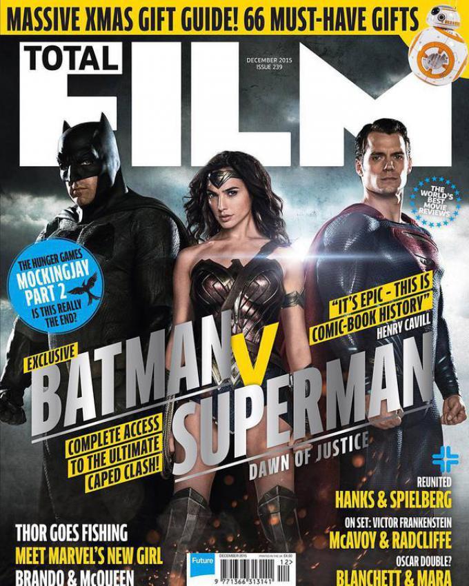 La copertina del numero 239 (dicembre 2015) di Total Film