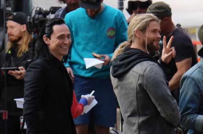 Tom Loki Hiddleston e Chris Thor Hemsworth