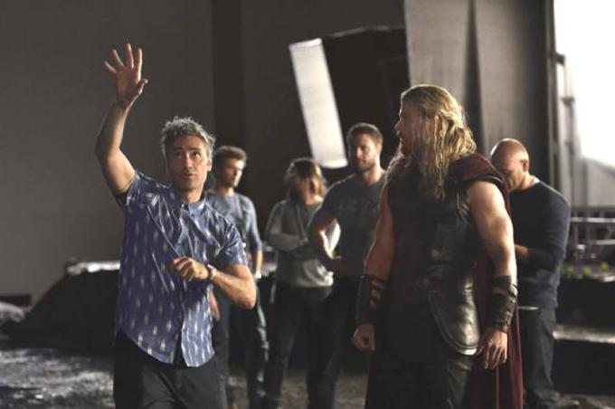 Chris Thor Hemsworth e Taika Waititi