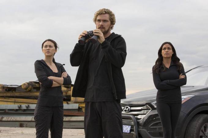 Jessica Henwick, Finn Jones e Rosario Dawson