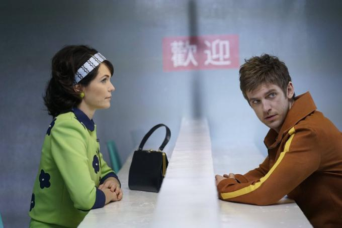 Katie Aselton (Amy Haller) e Dan Stevens (David Haller) sul set di Legion