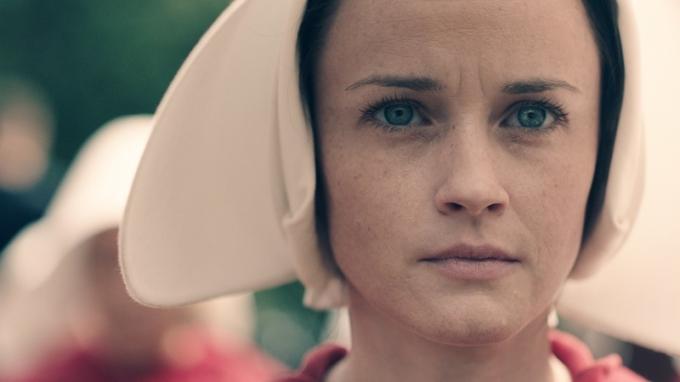 The Handmaid's Tale - Alexis Bledel