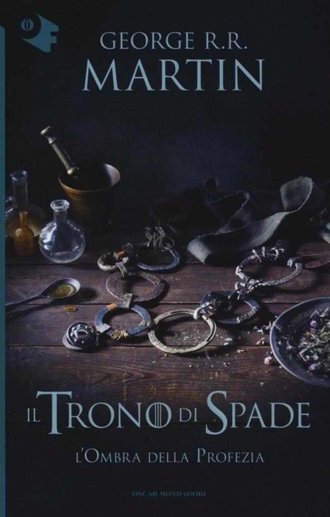 La copertina di L'ombra della profezia nella collana Oscar fantastica di Mondadori.